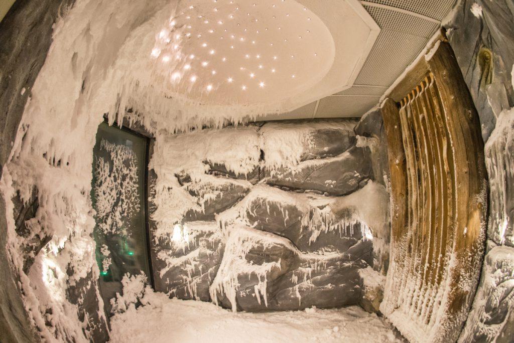 grota śnieżna poznań